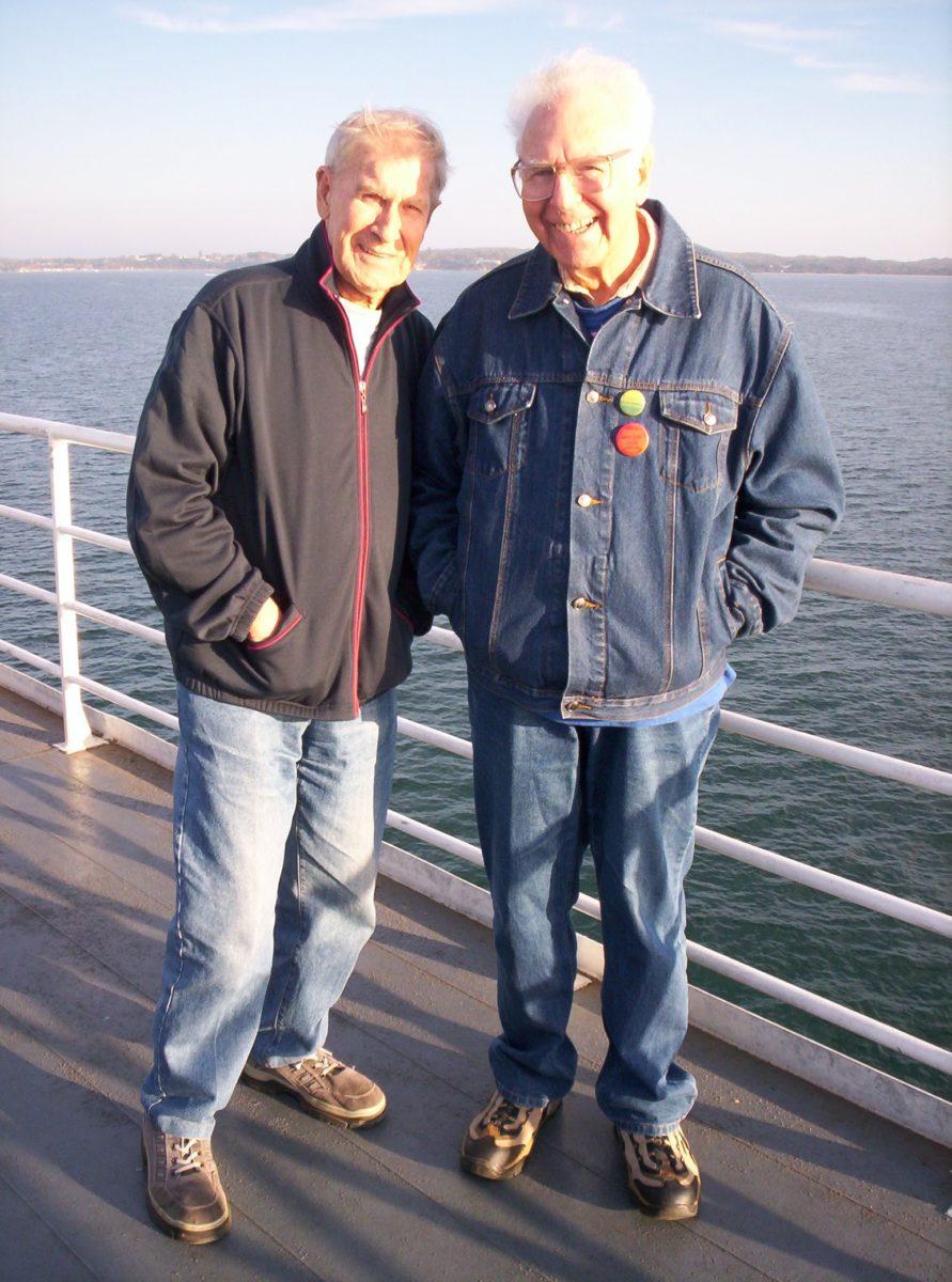 Ken Lovett and Mannie De Saxe on Queenscliff ferry, 12 May 2007 (Photo: Gary Jaynes)